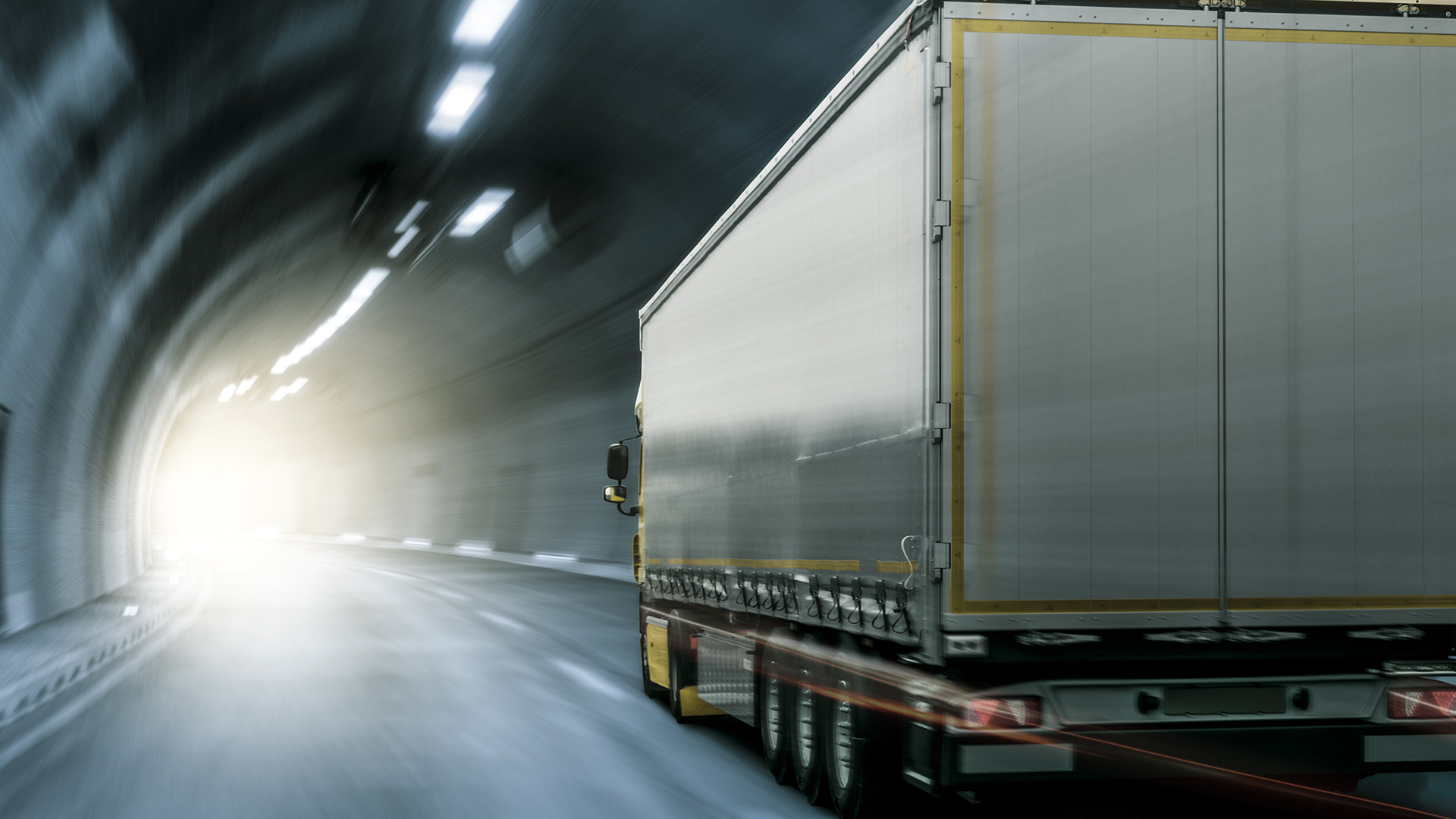 Technical advice on Trans-European motorway tunnels safety conditions